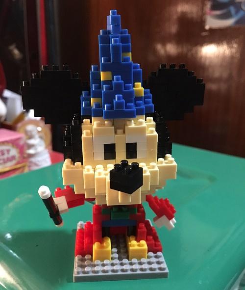 Mickey-Magician (3)